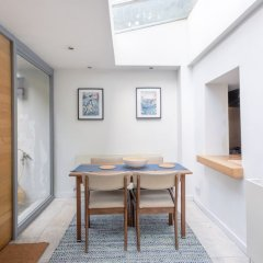 Отель 1 Bedroom Flat in Zone 2 of London с домашними животными