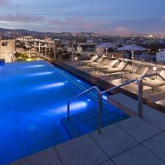 Отель Crowne Plaza Barcelona - Fira Center бассейн фото 3