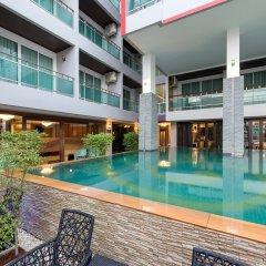 Bhukitta Hotel & Spa бассейн