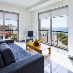 Отель Villa Doris Suites комната для гостей