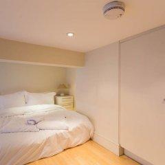 Отель 1 Bedroom Knightsbridge Flat Великобритания, Лондон - отзывы, цены и фото номеров - забронировать отель 1 Bedroom Knightsbridge Flat онлайн комната для гостей фото 2