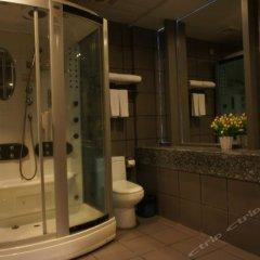 Отель Zhongshan Jinsha Business Hotel Китай, Чжуншань - отзывы, цены и фото номеров - забронировать отель Zhongshan Jinsha Business Hotel онлайн ванная