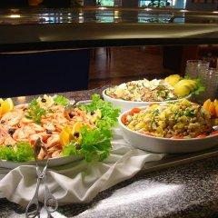 Отель Alfamar Beach & Sport Resort Португалия, Албуфейра - 1 отзыв об отеле, цены и фото номеров - забронировать отель Alfamar Beach & Sport Resort онлайн питание фото 2