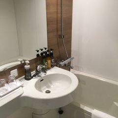 Отель Hakata Nakasu Inn Япония, Фукуока - отзывы, цены и фото номеров - забронировать отель Hakata Nakasu Inn онлайн ванная фото 2