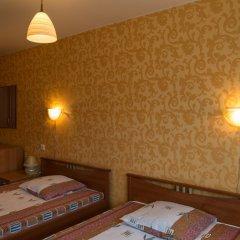 Гостиница Роза Ветров сейф в номере