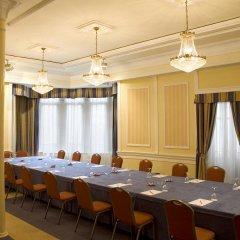 Отель One Shot Palacio Reina Victoria 04
