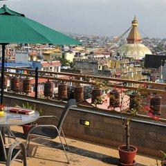 Отель Tibet International Непал, Катманду - отзывы, цены и фото номеров - забронировать отель Tibet International онлайн балкон
