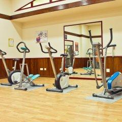 Отель Las Palmeras фитнесс-зал