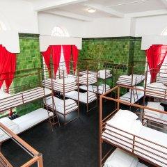 Отель Restup London Кровать в общем номере