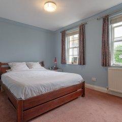 Апартаменты 2 Bedroom Apartment Near Finsbury Park комната для гостей фото 5