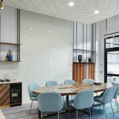 Отель Courtyard by Marriott Luton Airport в номере