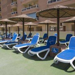 Отель Pyr Fuengirola Испания, Фуэнхирола - 1 отзыв об отеле, цены и фото номеров - забронировать отель Pyr Fuengirola онлайн пляж фото 2