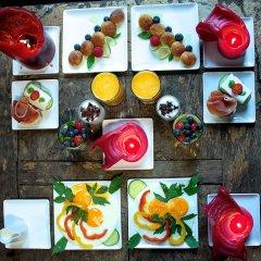 Отель Guest House Nuit Blanche питание