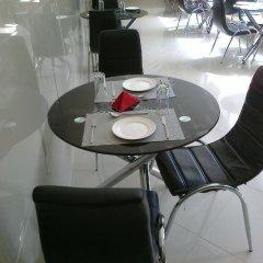 Отель Primal Hotel Нигерия, Лагос - отзывы, цены и фото номеров - забронировать отель Primal Hotel онлайн питание