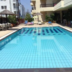 Отель Caravel Родос бассейн