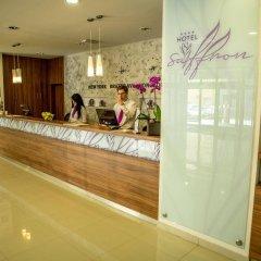 Hotel Saffron интерьер отеля