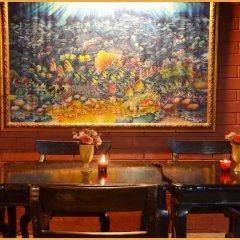 Отель Gold Coast Inn гостиничный бар