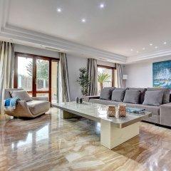 Отель Arabella - Villa con piscina Испания, Пальма-де-Майорка - отзывы, цены и фото номеров - забронировать отель Arabella - Villa con piscina онлайн комната для гостей фото 4