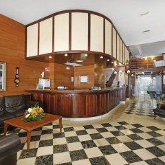 Отель THB Felip интерьер отеля