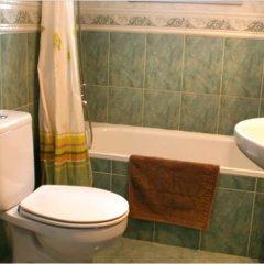 Отель Puerta del Agua Саэлисес ванная