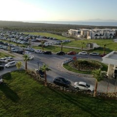 Отель Aquasis Deluxe Resort & Spa - All Inclusive парковка