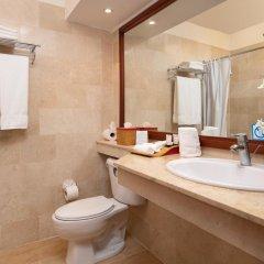 Отель Grand Paradise Playa Dorada - All Inclusive ванная фото 2