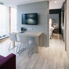 Отель Barcelo Hamburg Германия, Гамбург - 3 отзыва об отеле, цены и фото номеров - забронировать отель Barcelo Hamburg онлайн комната для гостей фото 5