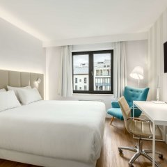 Отель NH Brussels Grand Place Arenberg комната для гостей фото 4