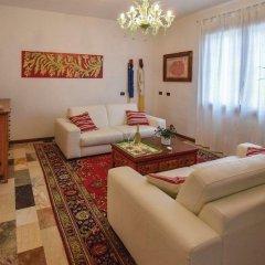 Отель Villa Strepitosa B&B Италия, Региональный парк Colli Euganei - отзывы, цены и фото номеров - забронировать отель Villa Strepitosa B&B онлайн комната для гостей фото 4