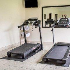 Отель Comfort Inn North Conference Center фитнесс-зал фото 2