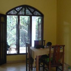 Отель Lagoon Villa Beruwala Шри-Ланка, Берувела - отзывы, цены и фото номеров - забронировать отель Lagoon Villa Beruwala онлайн питание фото 3