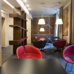 Отель Stendhal Luxury Suites Dependance Италия, Рим - отзывы, цены и фото номеров - забронировать отель Stendhal Luxury Suites Dependance онлайн гостиничный бар