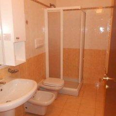 Отель Residence Porto Letizia Порлецца ванная