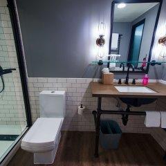 Отель MOXY Phoenix Tempe/ASU Area ванная