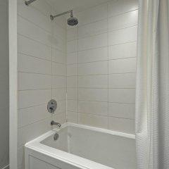 Отель Noel Suites-Gastown Канада, Ванкувер - отзывы, цены и фото номеров - забронировать отель Noel Suites-Gastown онлайн ванная