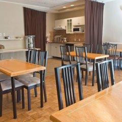 Отель ByWard Blue Inn Канада, Оттава - отзывы, цены и фото номеров - забронировать отель ByWard Blue Inn онлайн питание