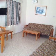 Отель Constantaras Apartments Кипр, Протарас - отзывы, цены и фото номеров - забронировать отель Constantaras Apartments онлайн комната для гостей фото 2