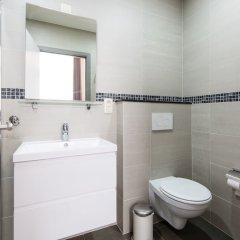 Отель Urban Suites Brussels Schuman Брюссель ванная