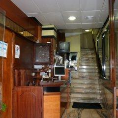 Отель Hostal Mara Испания, Ла-Корунья - отзывы, цены и фото номеров - забронировать отель Hostal Mara онлайн интерьер отеля фото 2