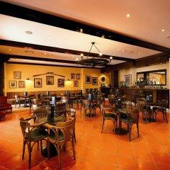 Отель Vila Gale Ericeira Мафра гостиничный бар