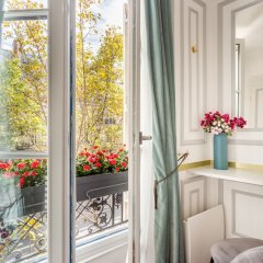 Отель Sunshine 2 bedroom - Luxury at Louvre Париж фото 7