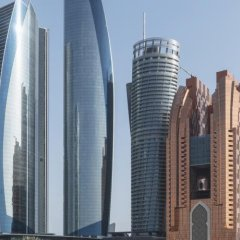 Jumeirah at Etihad Towers Hotel городской автобус