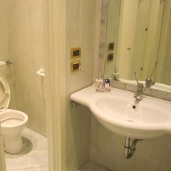 Отель Italia Италия, Римини - отзывы, цены и фото номеров - забронировать отель Italia онлайн ванная