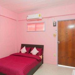 Отель Roomstay Ruenkaew Бангкок комната для гостей фото 5