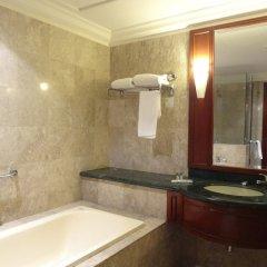 Отель Genius Service Suite at Times Square Малайзия, Куала-Лумпур - отзывы, цены и фото номеров - забронировать отель Genius Service Suite at Times Square онлайн ванная