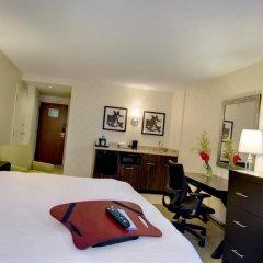Отель Hampton Inn & Suites Chicago Downtown удобства в номере фото 2
