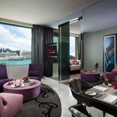 Resorts World Sentosa - Hard Rock Hotel Сингапур в номере