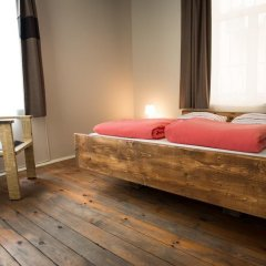 Отель Canape Connection Guest House Болгария, София - отзывы, цены и фото номеров - забронировать отель Canape Connection Guest House онлайн комната для гостей