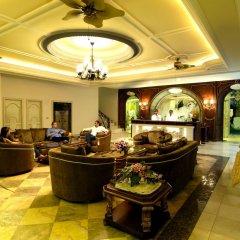 Отель Four Seasons Place Таиланд, Паттайя - 6 отзывов об отеле, цены и фото номеров - забронировать отель Four Seasons Place онлайн интерьер отеля фото 3