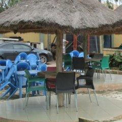Отель Golf Exquisite Hotel Нигерия, Энугу - отзывы, цены и фото номеров - забронировать отель Golf Exquisite Hotel онлайн гостиничный бар